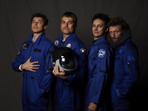 Momo galerie, NASA Patch, astronaut portrait, Le rêve de laika, the laika dream, apollo mission 21, romaric tisserand, jérôme jerome brezillon