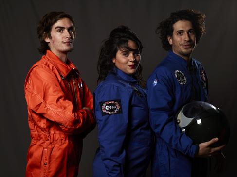 Momo galerie, NASA Patch, astronaut portrait, Le rêve de laika, the laika dream, apollo mission 21, romaric tisserand, figure magazine