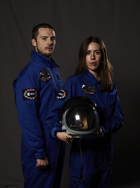 Momo galerie, NASA Patch, astronaut portrait, Le rêve de laika, the laika dream, apollo mission 21, romaric tisserand, jérôme jerome brezillo