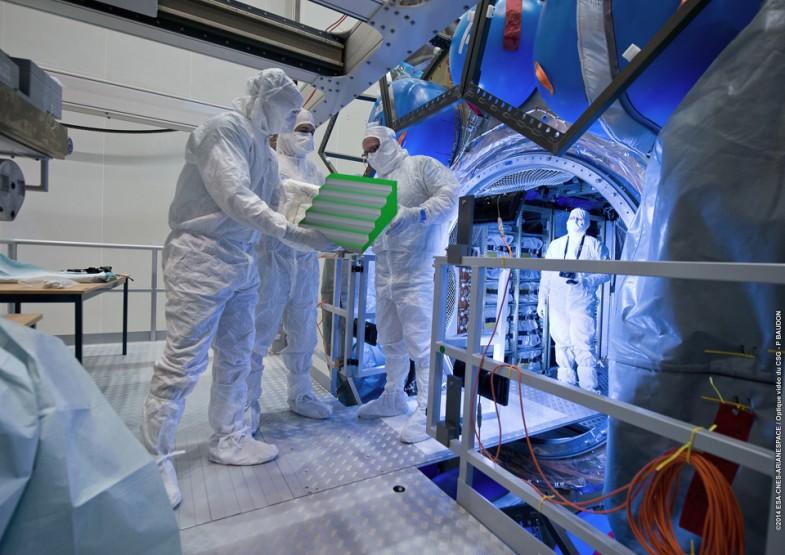 ROMARIC_TISSERAND_FOSSIL_FALLEN_OBJECT_CNES_NASA_TEST_MOON_101-web