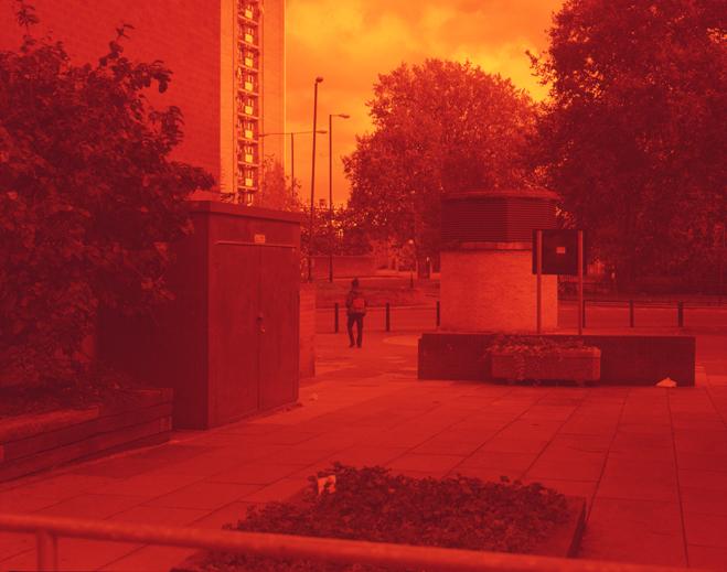 ROMARIC_TISSERAND_PHOTOGRAPHY_LONDON_RED_PHOTOGRAPHY_DATA_CENTER_007