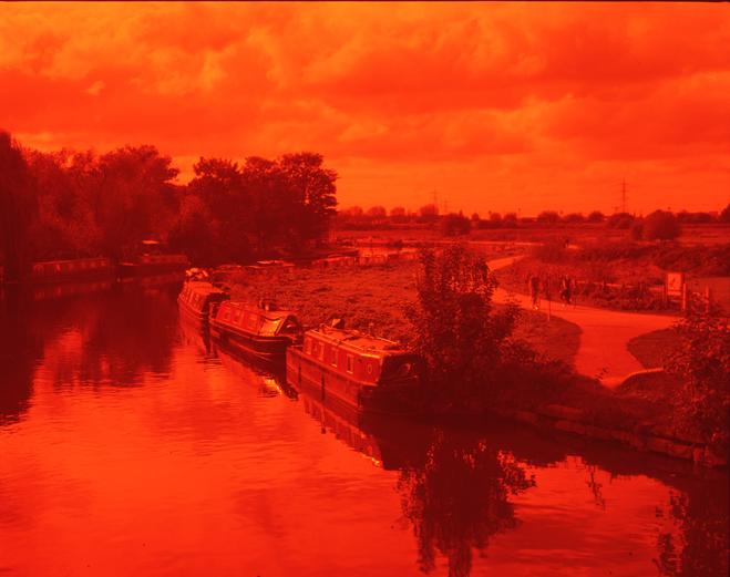 ROMARIC_TISSERAND_PHOTOGRAPHY_LONDON_RED_PHOTOGRAPHY_DATA_CENTER_015