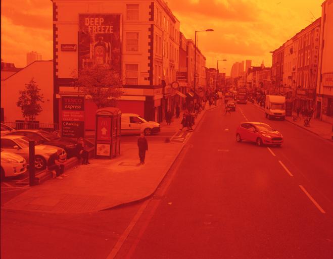 ROMARIC_TISSERAND_PHOTOGRAPHY_LONDON_RED_PHOTOGRAPHY_DATA_CENTER_021