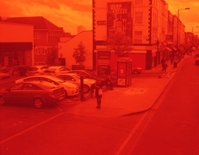 ROMARIC_TISSERAND_PHOTOGRAPHY_LONDON_RED_PHOTOGRAPHY_DATA_CENTER_022