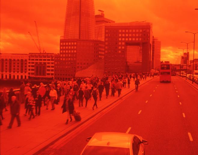ROMARIC_TISSERAND_PHOTOGRAPHY_LONDON_RED_PHOTOGRAPHY_DATA_CENTER_024