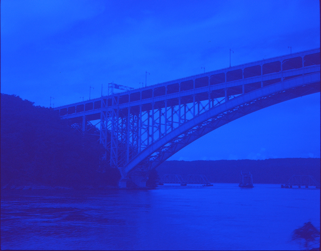 ROMARIC_TISSERAND_STREET_PHOTOGRAPHY_BLUE_PRINT_NEW_YORK_050